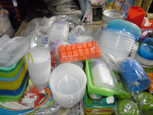 Đồ nhựa rất nguy hiểm và hãy đọc topic này để chọn mua sản phẩm chất lượng các bạn nhé