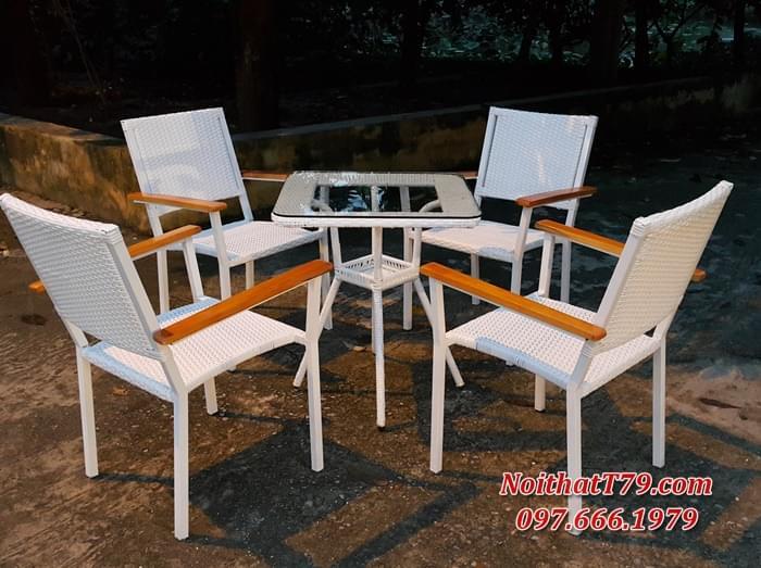 Bàn ghế chân sắt mặt gỗ 180653