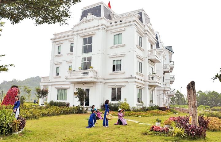 Khách sạn Tuần Châu Hà Nội