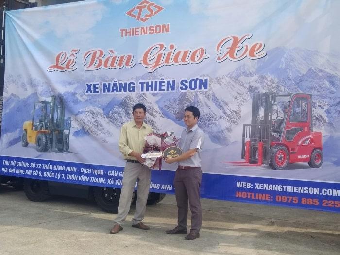 Xe-nang-20-25-tan-HangCha-chay-dau-diesel