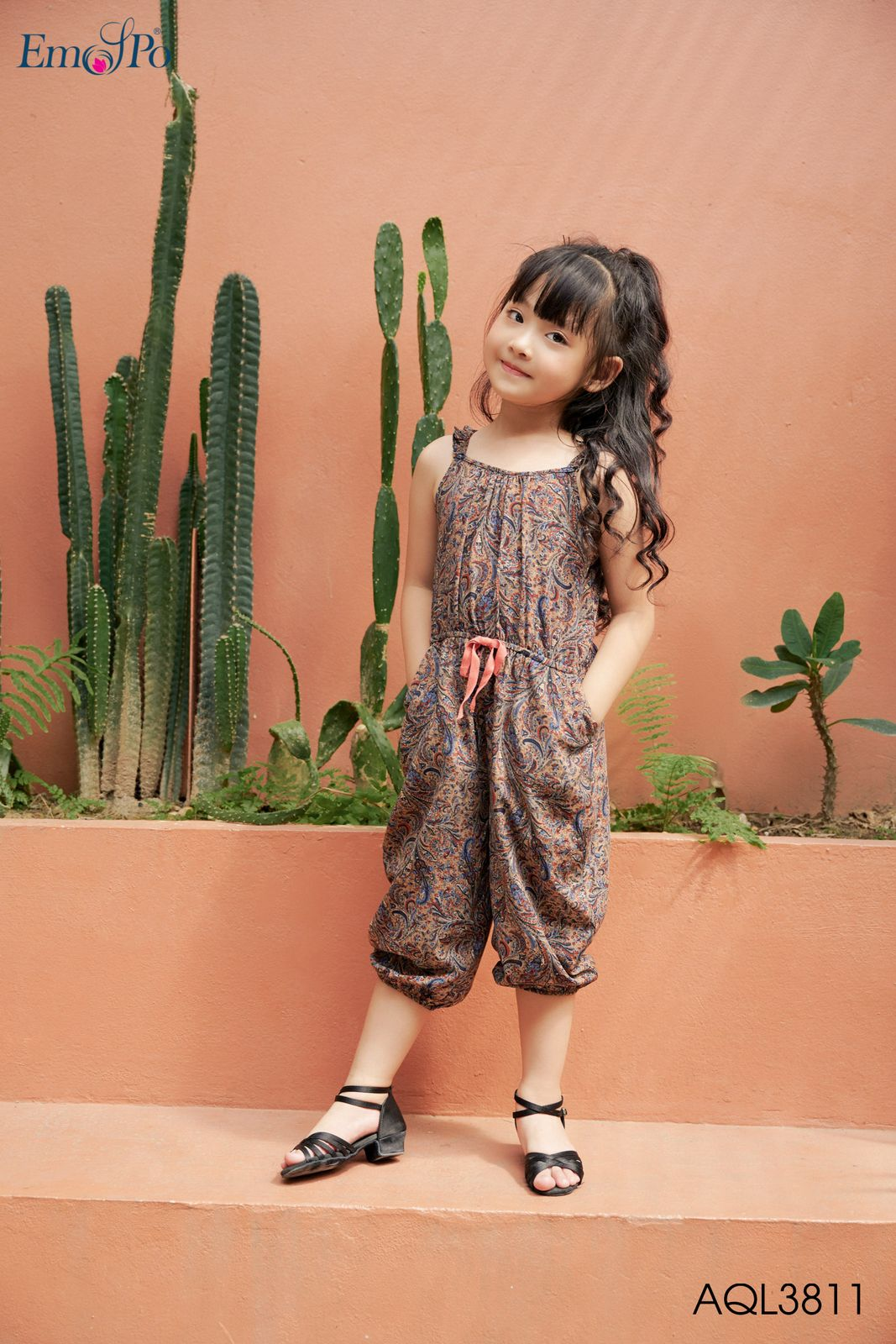 jumpsuit-2-day-dang-lung-cho-be-aql3811