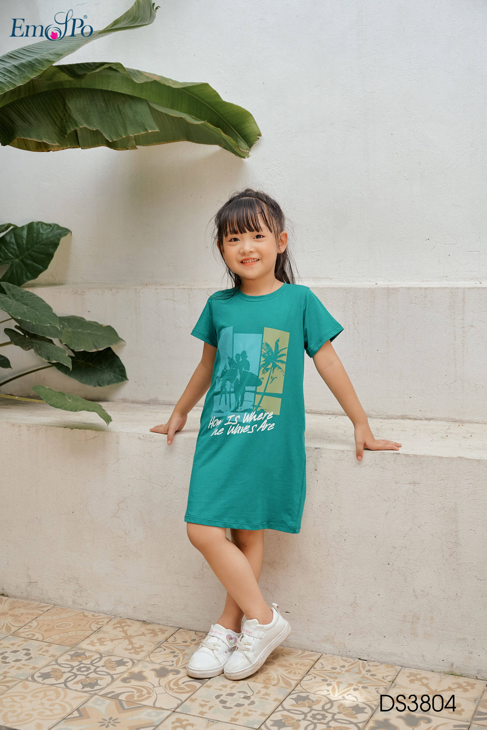 dam-suong-cho-be-co-tron-tay-coc-ds3804