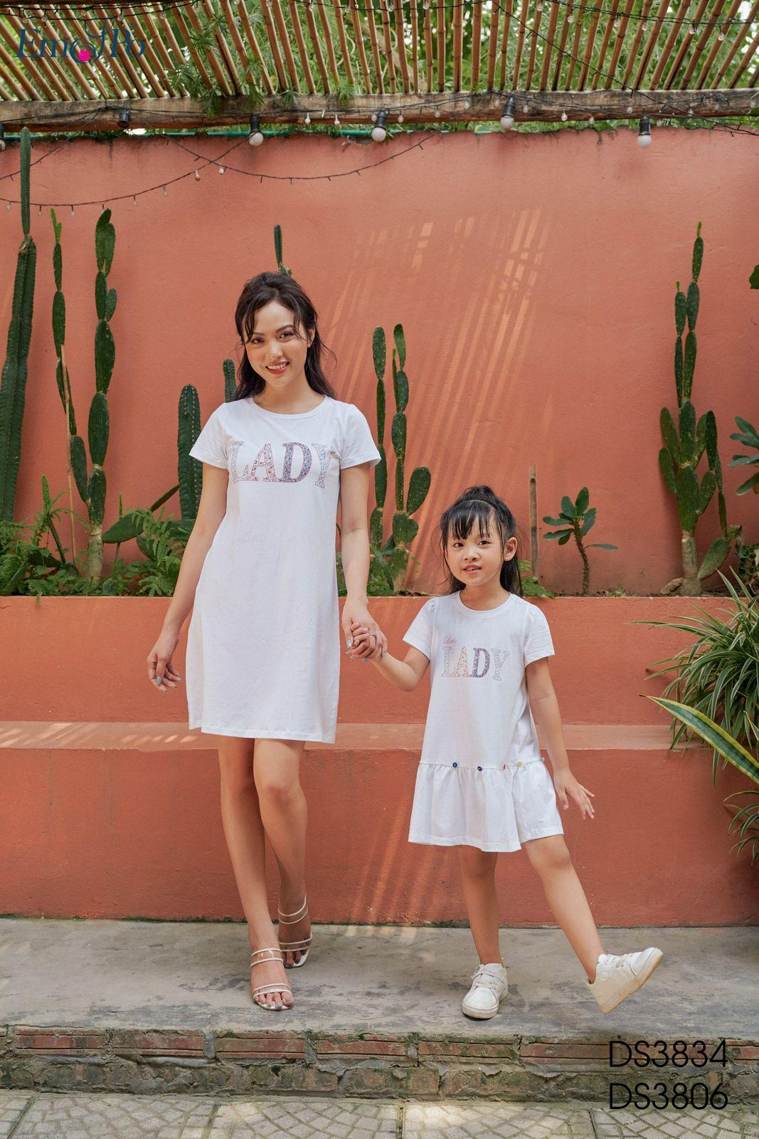 dam-suong-co-tron-in-chu-ds3834