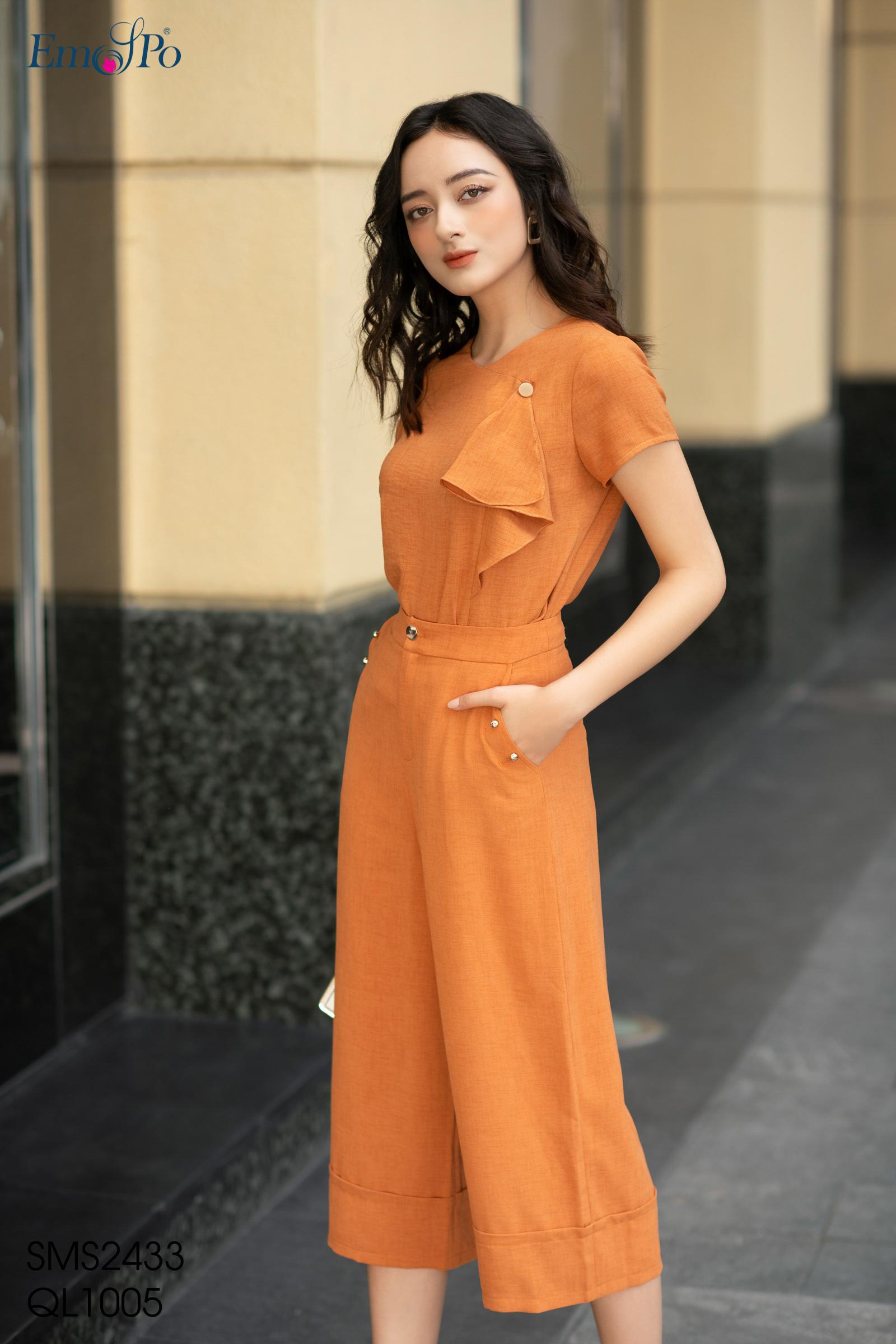 so-mi-kieu-dang-croptop-beo-ru-trang-tri-ben-trai-sms2433
