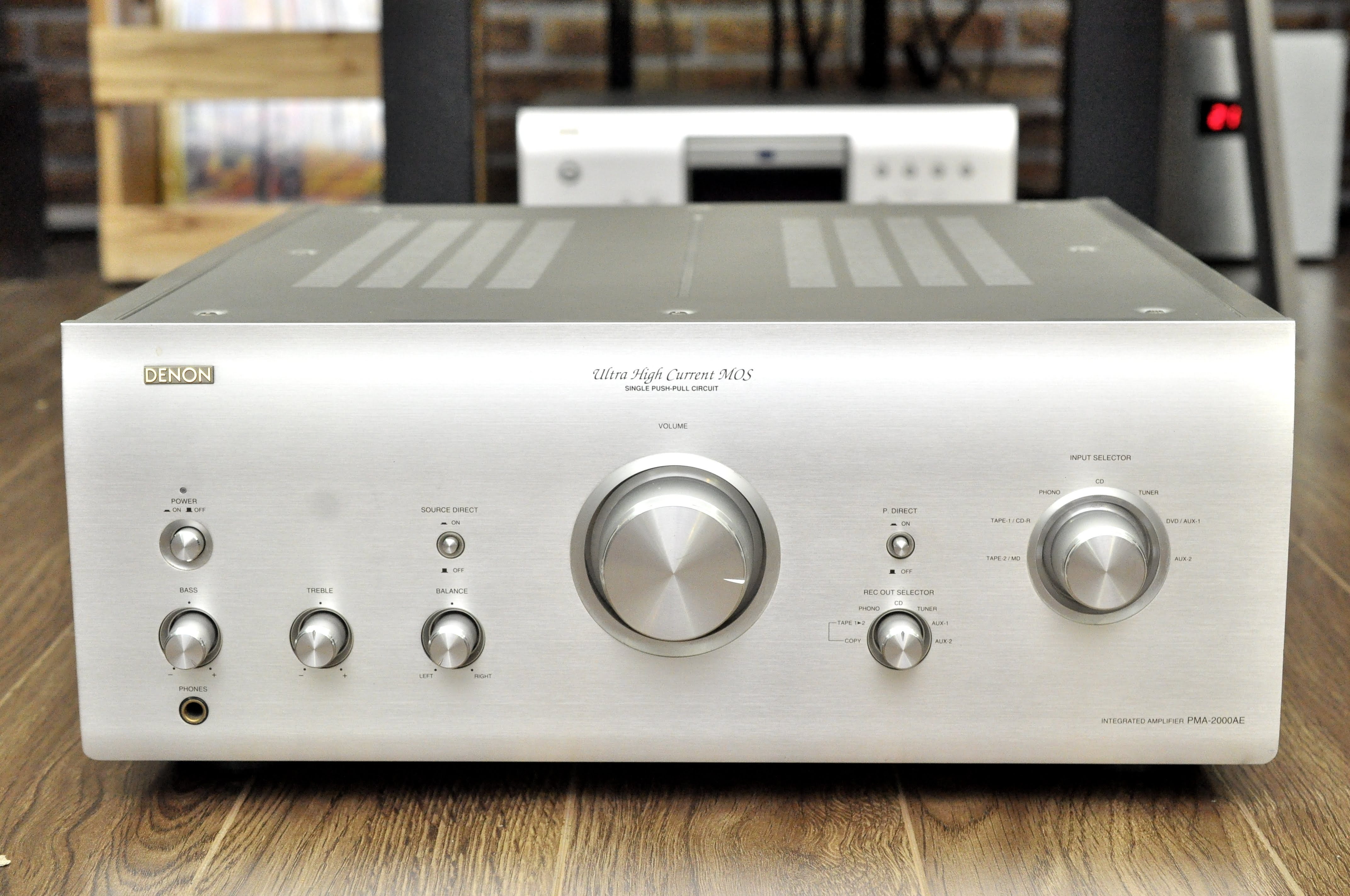 amply-denon-pma-2000ae-made-in-japan