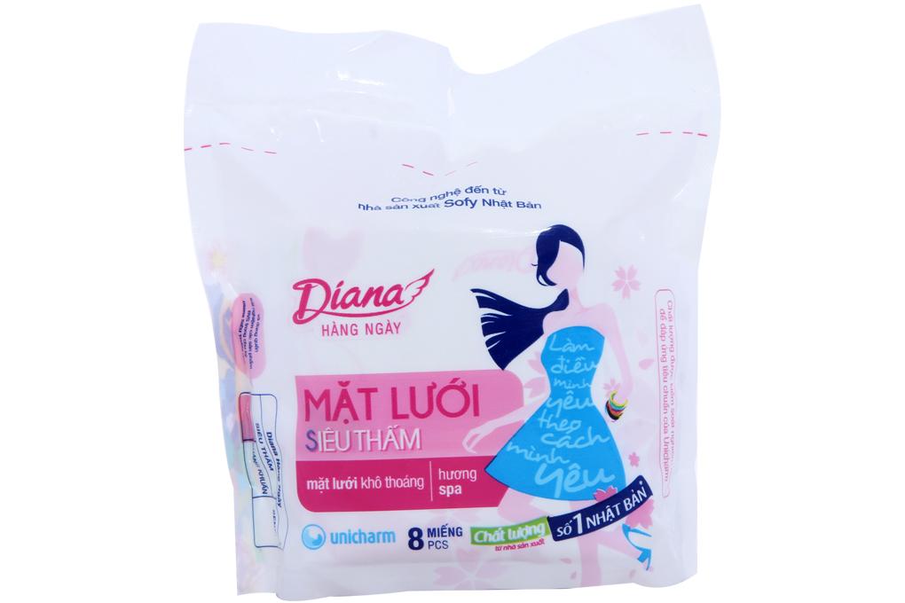 Băng vệ sinh hàng ngày Diana không cánh siêu thấm gói 8 miếng