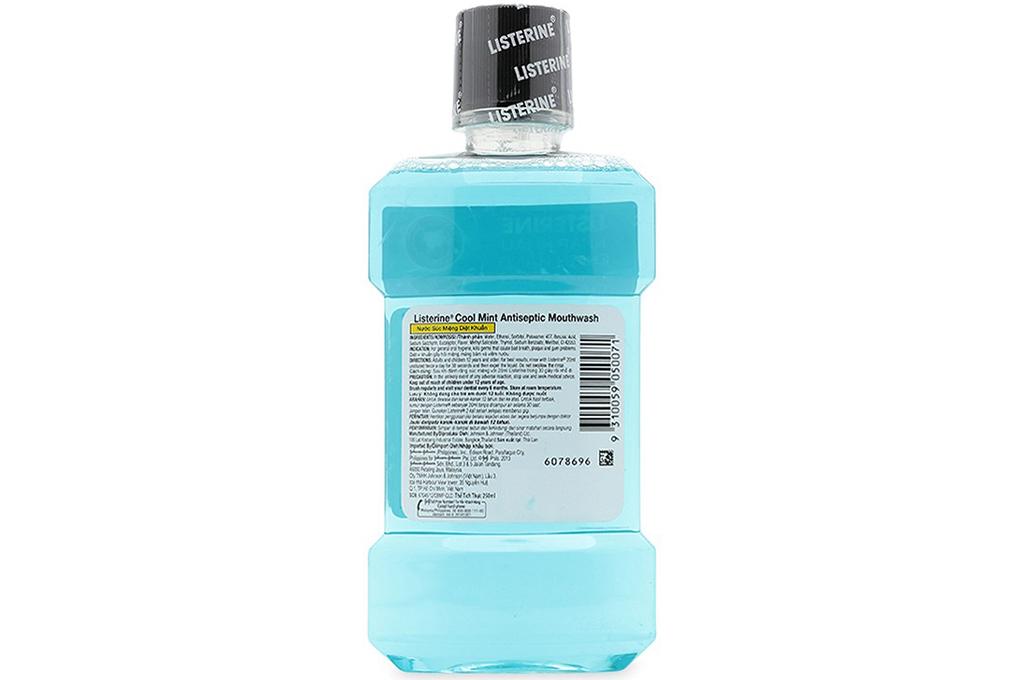 Nước súc miệng Listerine Cool Mint chai 250ml