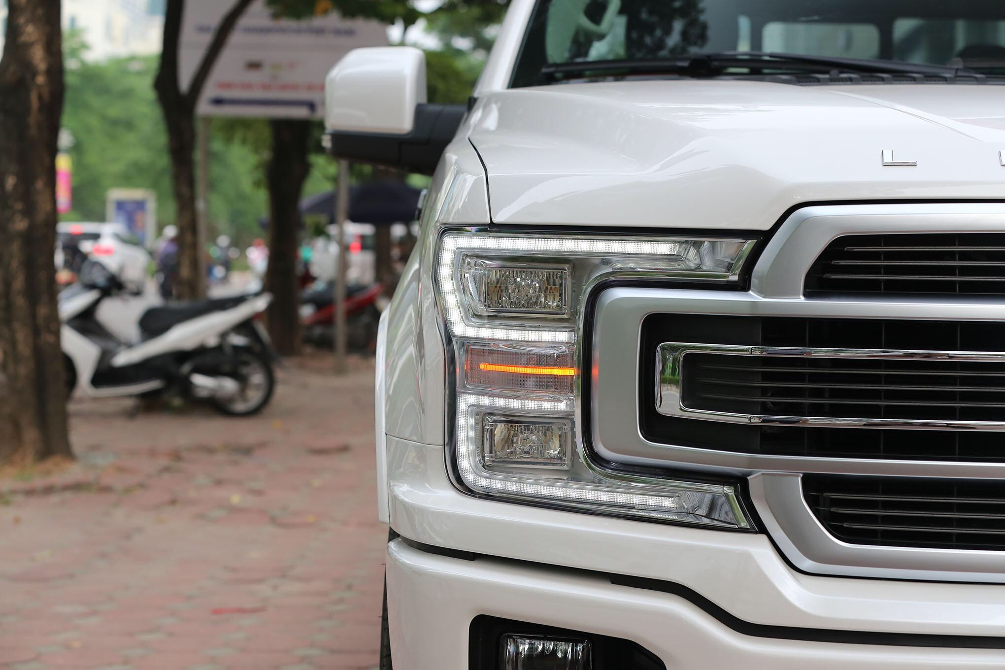FORD F150 LIMITED 2020