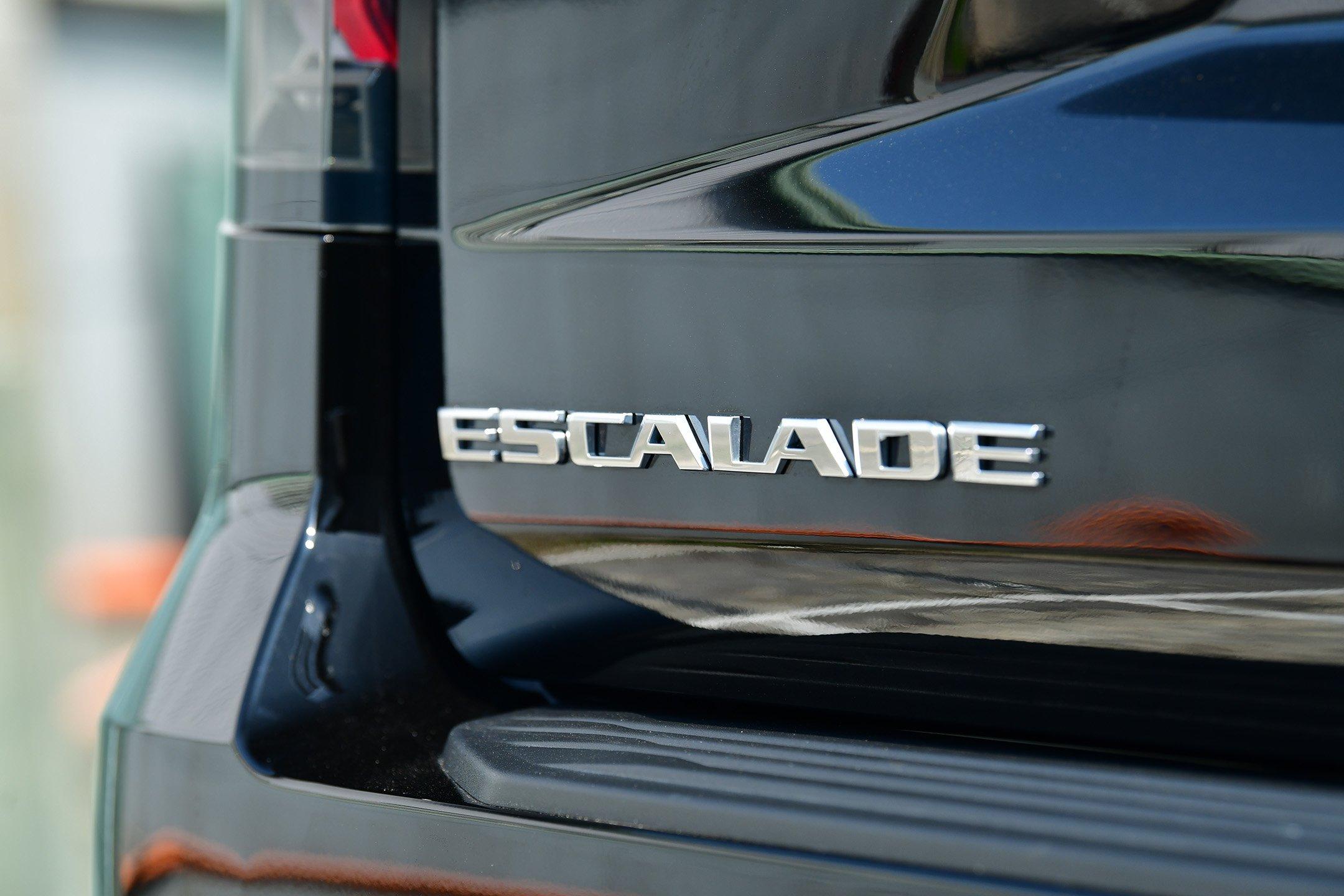 CADILLAC ESCALADE ESV 600D 2021