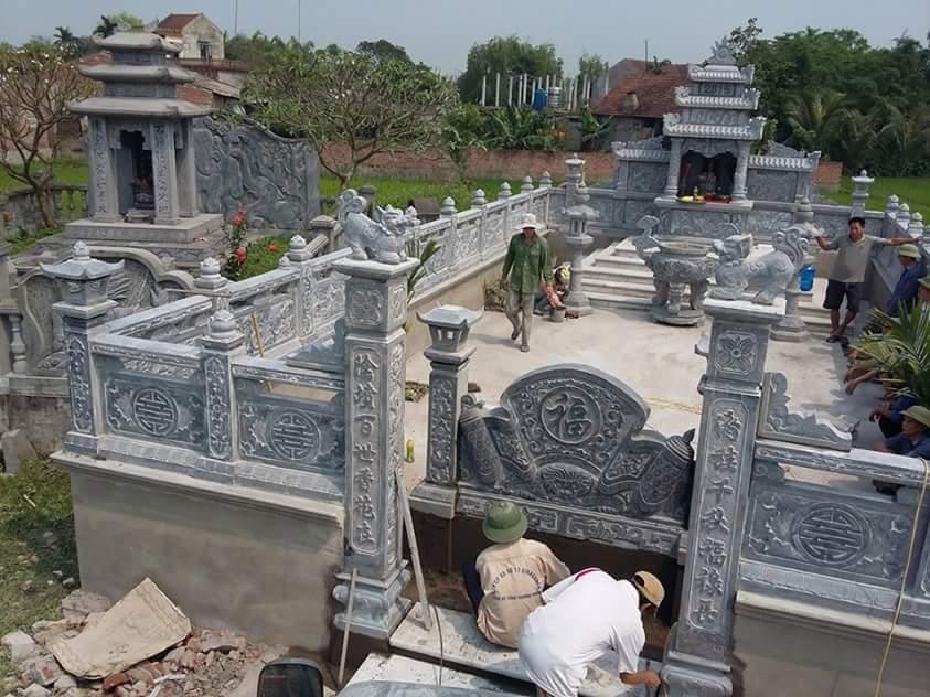 khu lăng mộ đá năm 2017