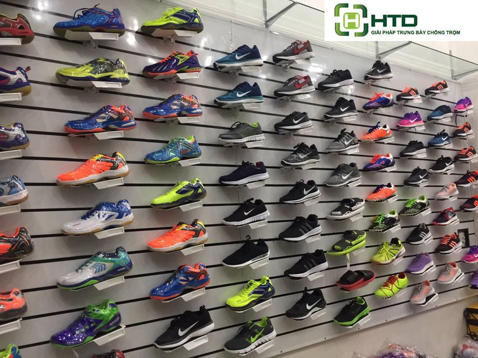 Giá kệ trưng bày giày dép cho shop thời trang năm 2019 - 13