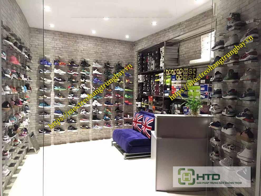 Kệ trưng bày giày gắn tường