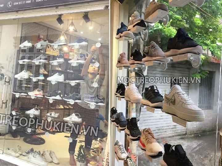 Kệ trưng bày giày gắn kính
