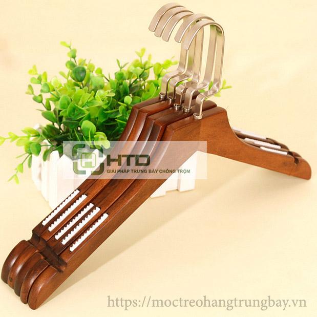móc gỗ tự nhiên treo quần áo