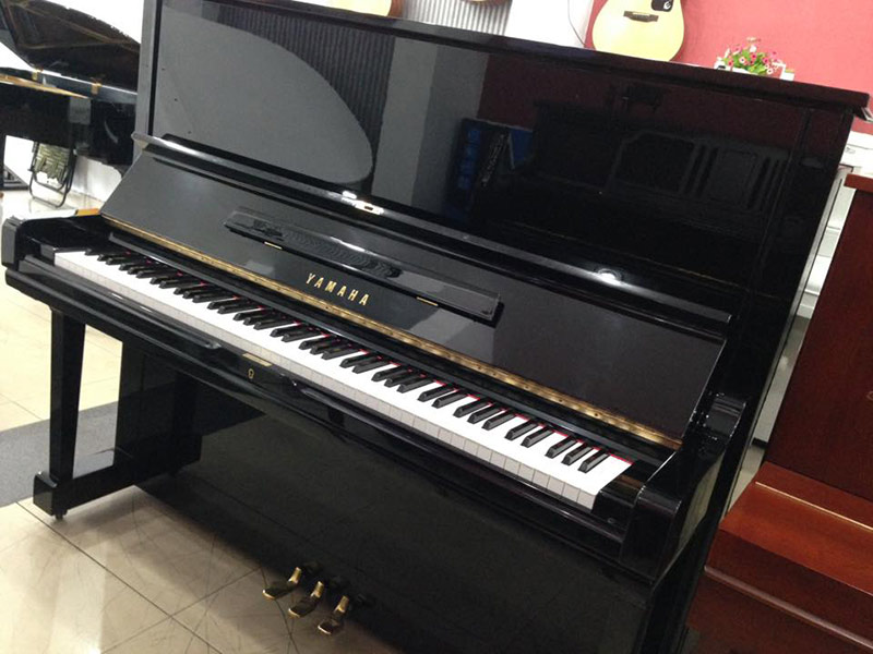 Yamaha U3H có kích thước size 3