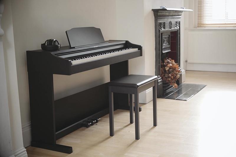 kích thước đàn piano điện chơi bán chuyên