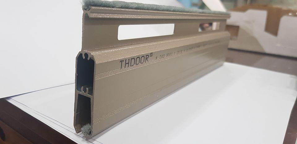 cua-cuon-thdoor-t517-lao-cai