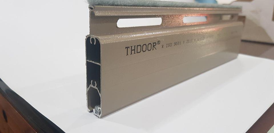 Cửa cuốn siêu êm 2 chiều THDOOR - T511