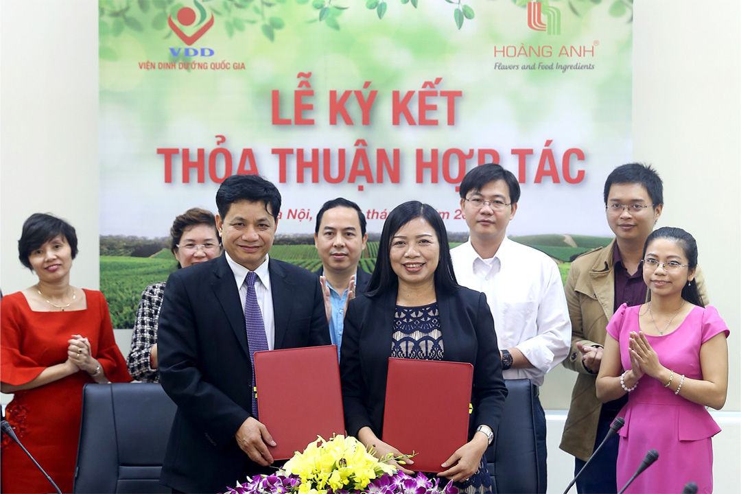 Strategic Partnership Signing Ceremony between Hoang Anh - Vietnam's National Institute of Nutrition
