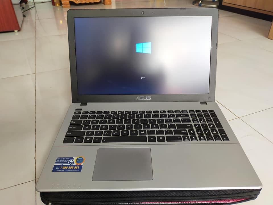 Máy tính xách tay ASUS X550CC