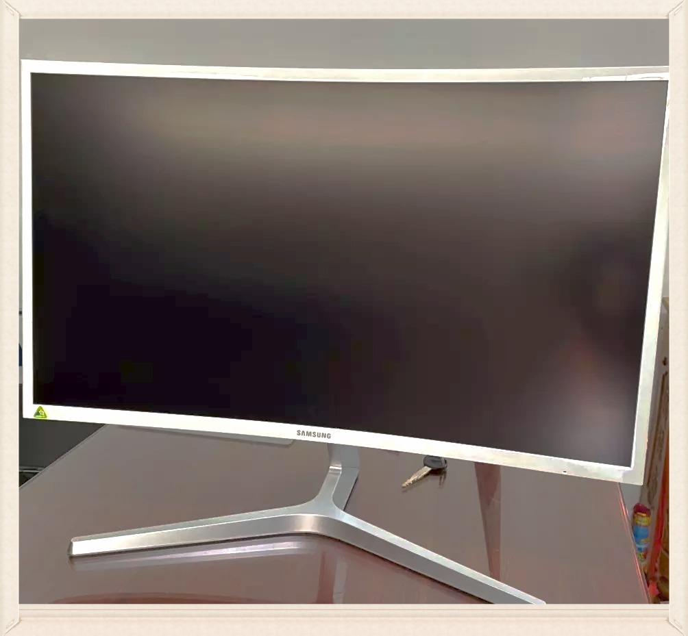 Màn hình LCD 27Inch Samsung LC27F397FHE Cong LED Full HD