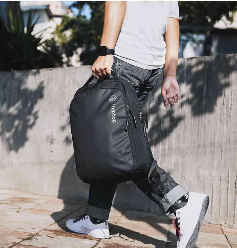 balo-tomtoc-usa-premium-lightweight-business-corner-armor-for-macbook-16