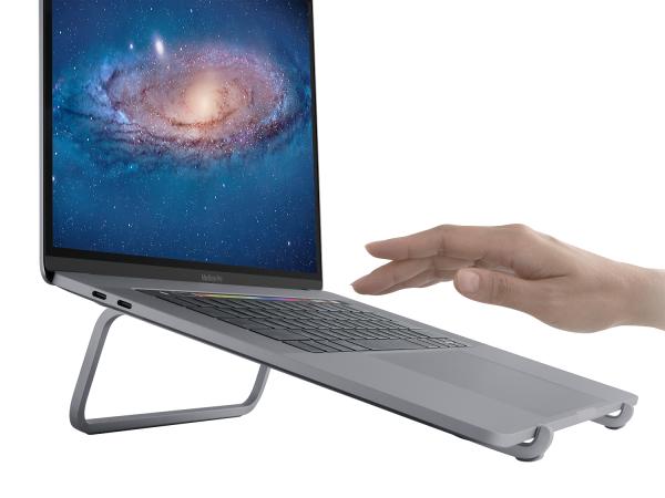 gia-do-tan-nhiet-rain-design-usa-mbar-laptop