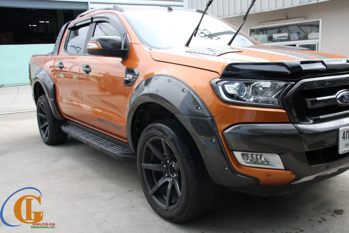 Cua Lốp Xe Bán Tải Ford Ranger Rộng 9
