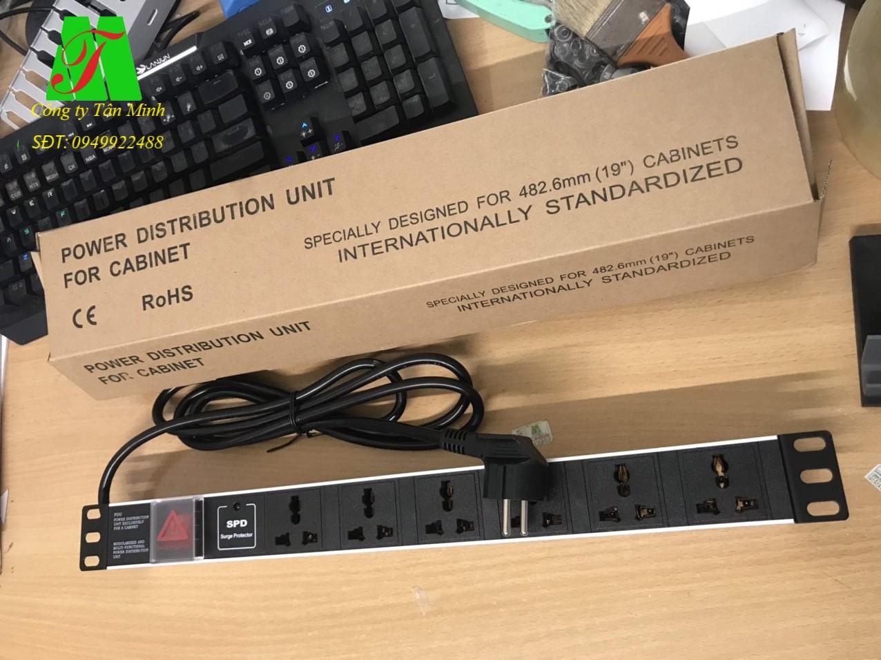 Thanh phân phối nguồn 6 lỗ Universal,16A,250V