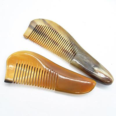 Horn combs 1