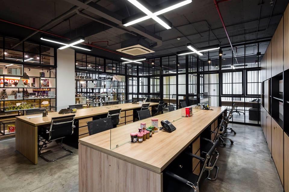 Sàn bê tông nhà hàng, Showroom, văn phòng tuyệt đẹp với dịch vụ đánh bóng bê tông tại Vietbeton