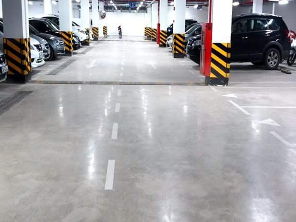 Mài sàn bê tông tầng hầm