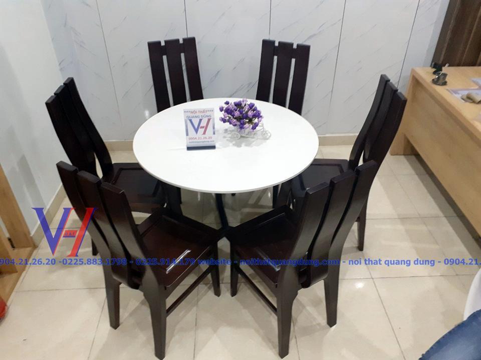 Bộ bàn ăn tròn mặt đá cực chắc chắn tại showroom nội thất quang dũng hải phòng