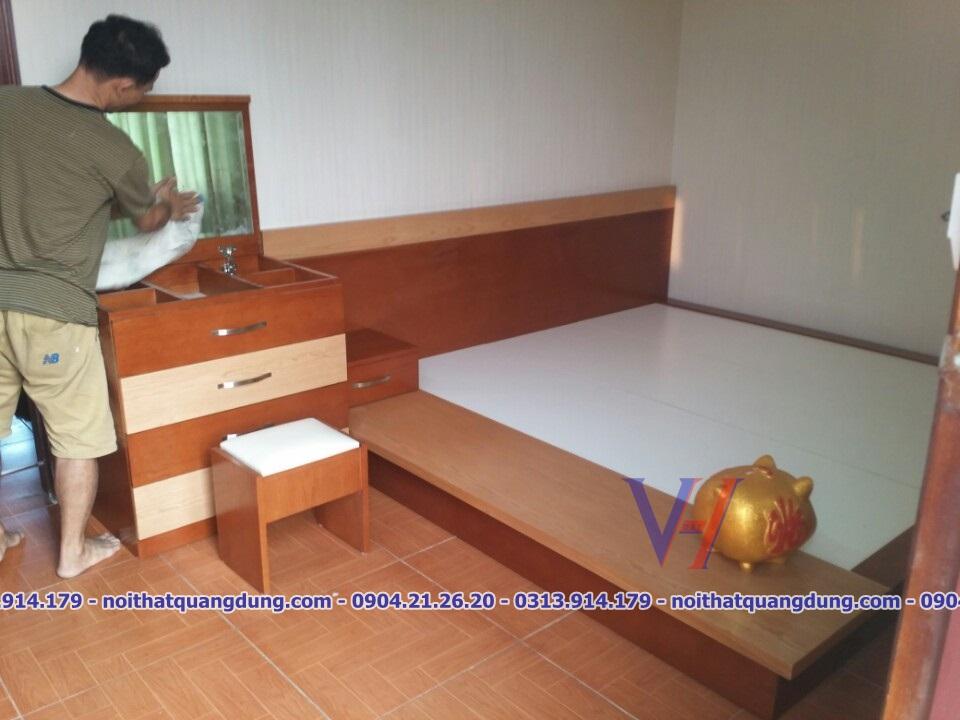 giường gỗ veneer cao cấp-Quang Dũng