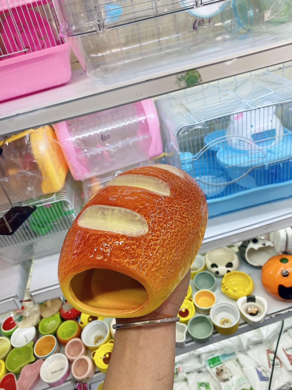 Nhà ngủ sứ hình bánh mỳ cho hamster