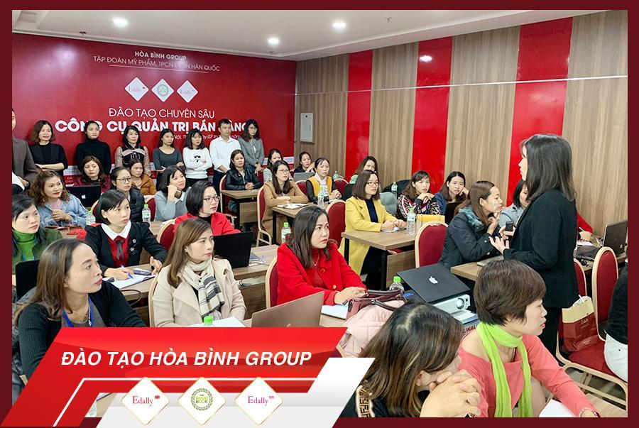 Hòa Bình Group đào tạo chuyên sâu về quản trị công cụ bán hàng Online 1