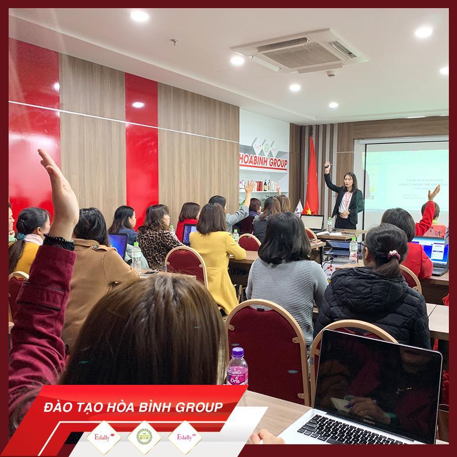 Hòa Bình Group đào tạo chuyên sâu về quản trị công cụ bán hàng Online 3