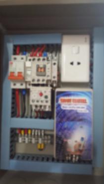 Tủ điều khiển hệ thống bơm bằng Smart phon