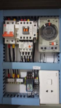 Tủ điều khiển hệ thống bơm bằng hẹn giờ tự động