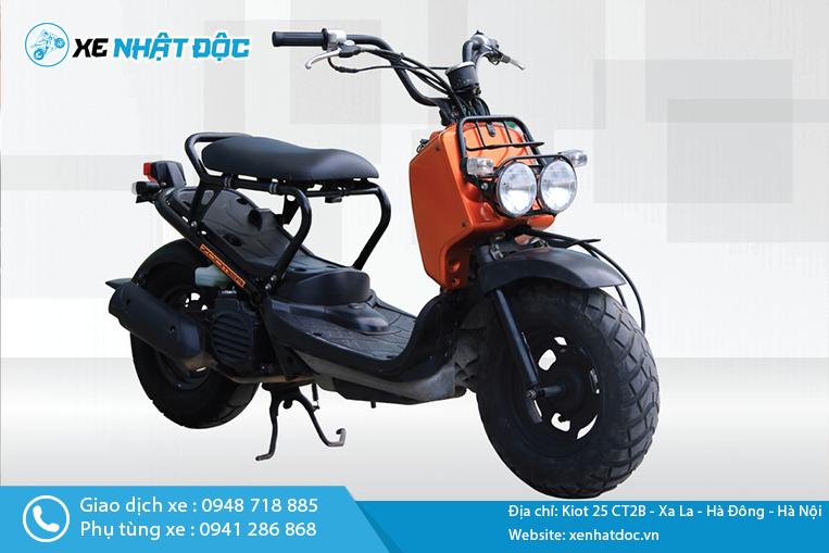 Zoom cận cảnh xe máy Honda Zoomer 50cc