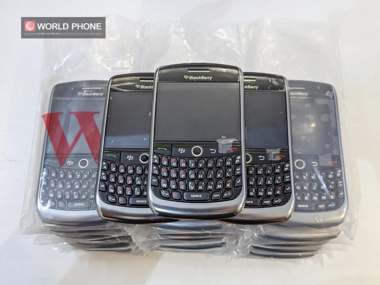 Blackberry Curve 8900 siêu cổ điển