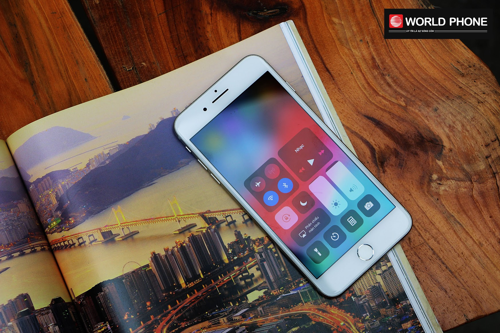 iPhone 7 vẫn là lựa chọn được nhiều thế hệ người dùng ưa chuộng với tính năng hấp dẫn