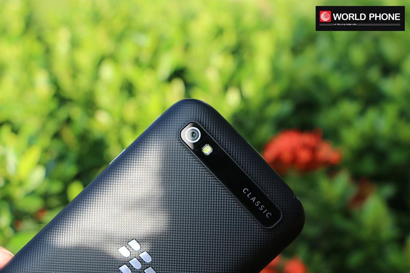 Blackberry Classic (Q20) với thiết kế khá bắt mắt