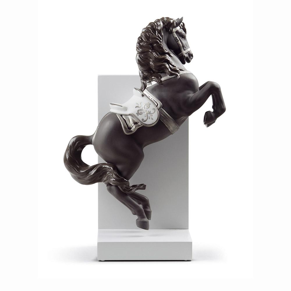 Tượng Ngựa biểu diễn 1 (Re-deco)