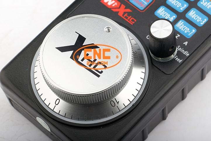 Bộ điều khiển cầm tay HB04 cho Mach3
