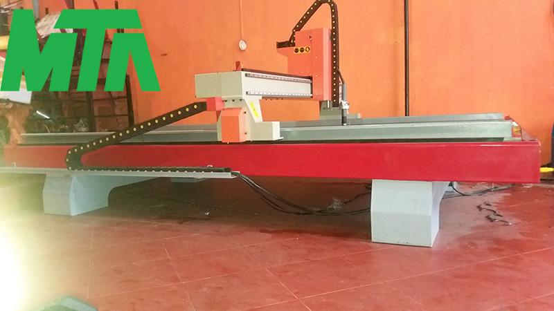 máy cắt cnc plasma gia lai
