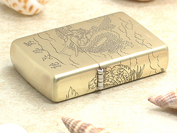 Zippo rồng phụng