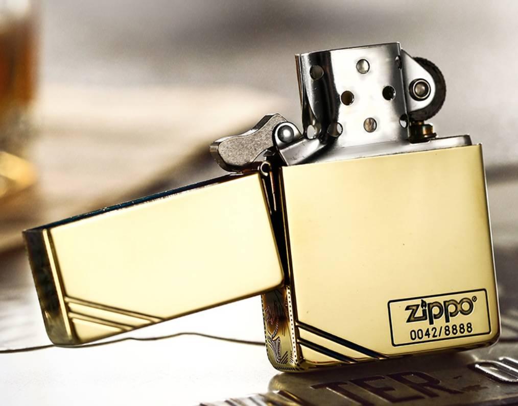 bán Zippo hoa văn giới hạn 8888 con