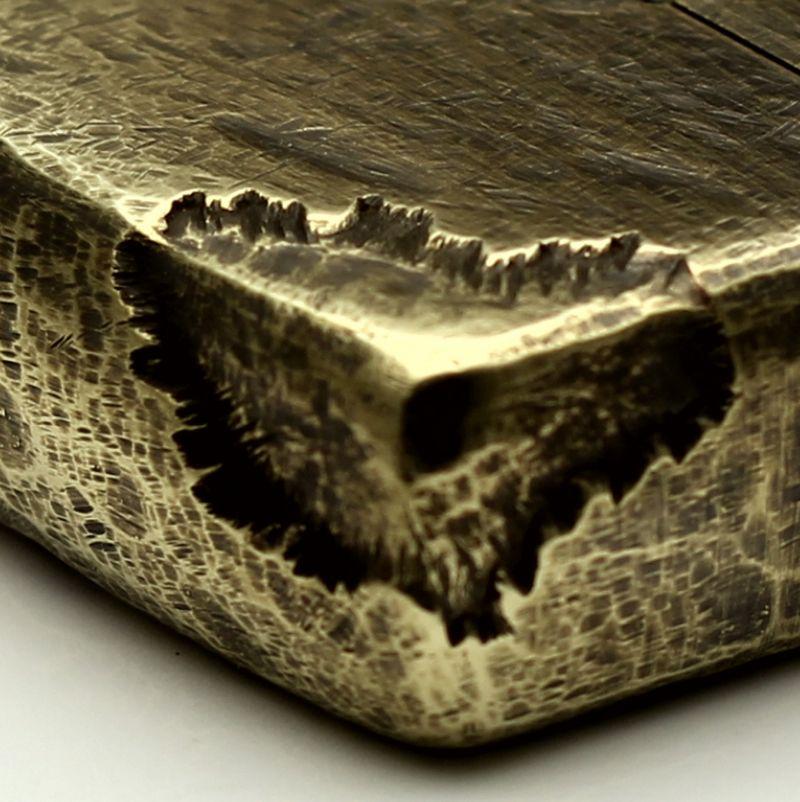 Zippo vết chém khoét sâu đồng khối dày