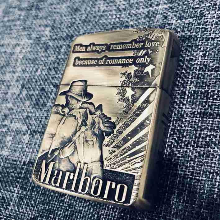 bán Zippo marlboro cao bồi cưỡi ngựa 2020